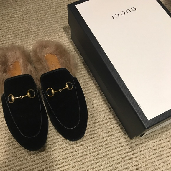 f3aeca727ec7 Gucci Shoes - Gucci Princetown Shearling Loafer Mule Velvet